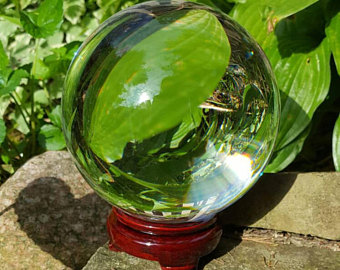 80 mm real quartz crystal ball with instructions on how to read a crystal ball
